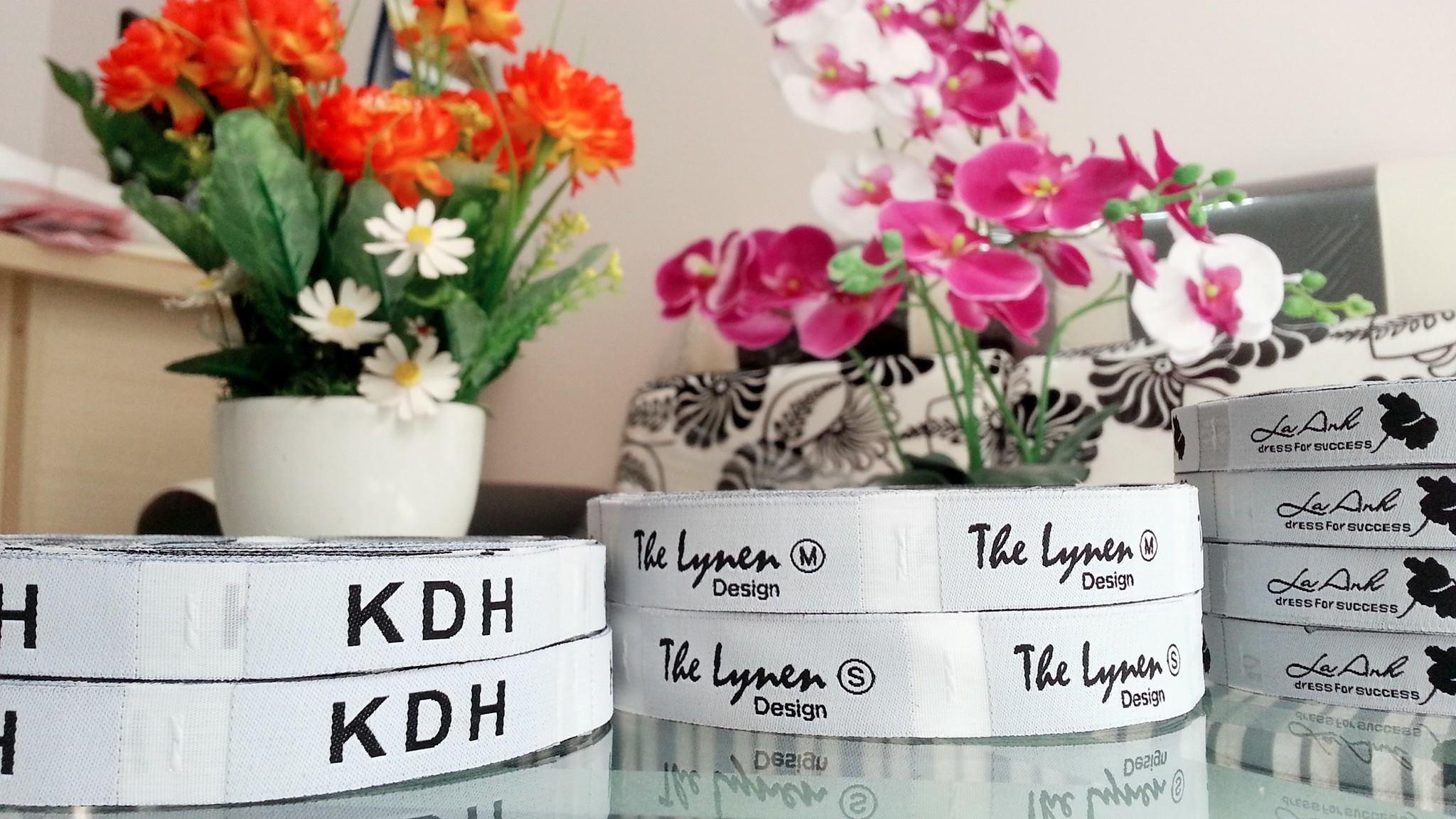 in mác quần áo tại kiều hoa label