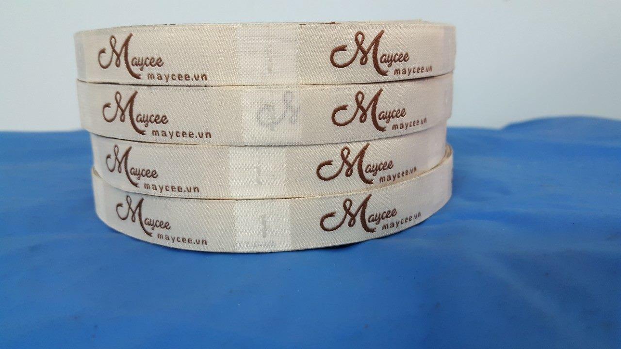 in mác quần áo Kiều Hoa label